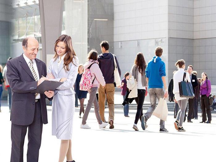 Les Apports Inter-generationnels Dans L'entreprise