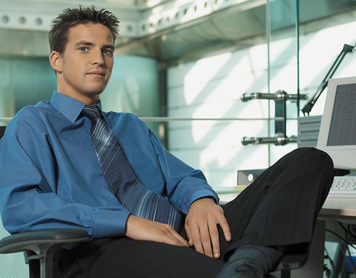 Les Jeunes Managers Et Leurs Collaborateurs Plus Agés